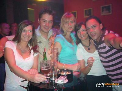 30_plus_party14_20080626_1603567931.jpg