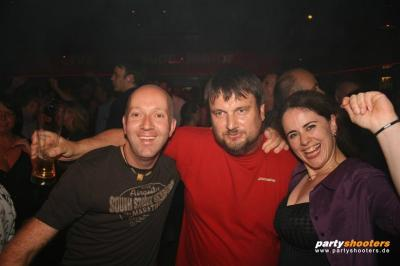 30_plus_party22_20090105_1963770500.jpg