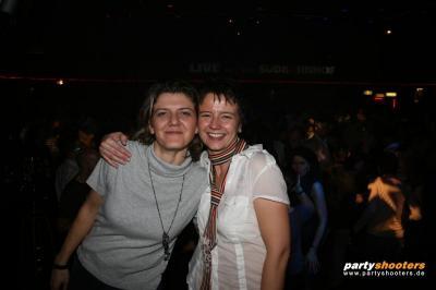 30_plus_party27_20090105_1331237666.jpg