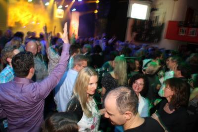 30_plus_party30_20101115_1101419214.jpg