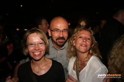 30_plus_party35_20090105_1692845983.jpg