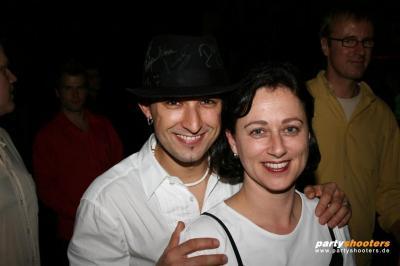 30_plus_party36_20090105_1873968433.jpg