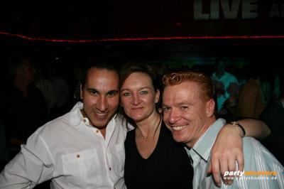 30_plus_party47_20090102_1683596141.jpg