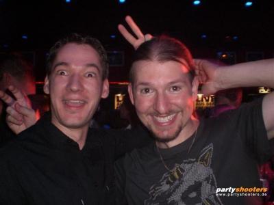 30_plus_party54_20080626_1726084093.jpg
