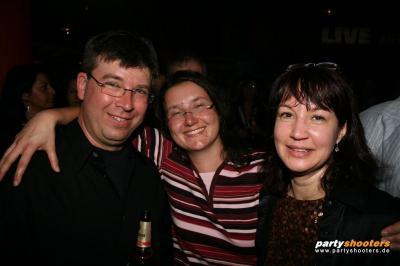 30_plus_party61_20090122_1265532519.jpg