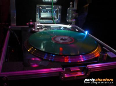 30_plus_party6_20091204_2097719367.jpg