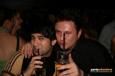 30_plus_party9_20090105_1666543724.jpg