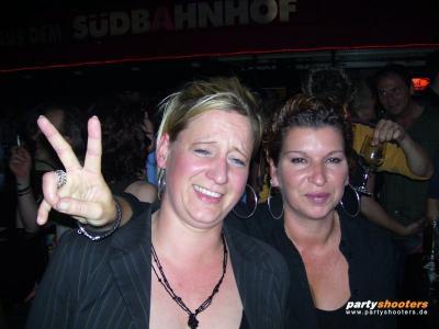30_plus_party_vom_19-05-200757_20070522_1283441089.jpg