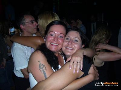 30_plus_party_vom_19-05-200771_20070522_1881722759.jpg